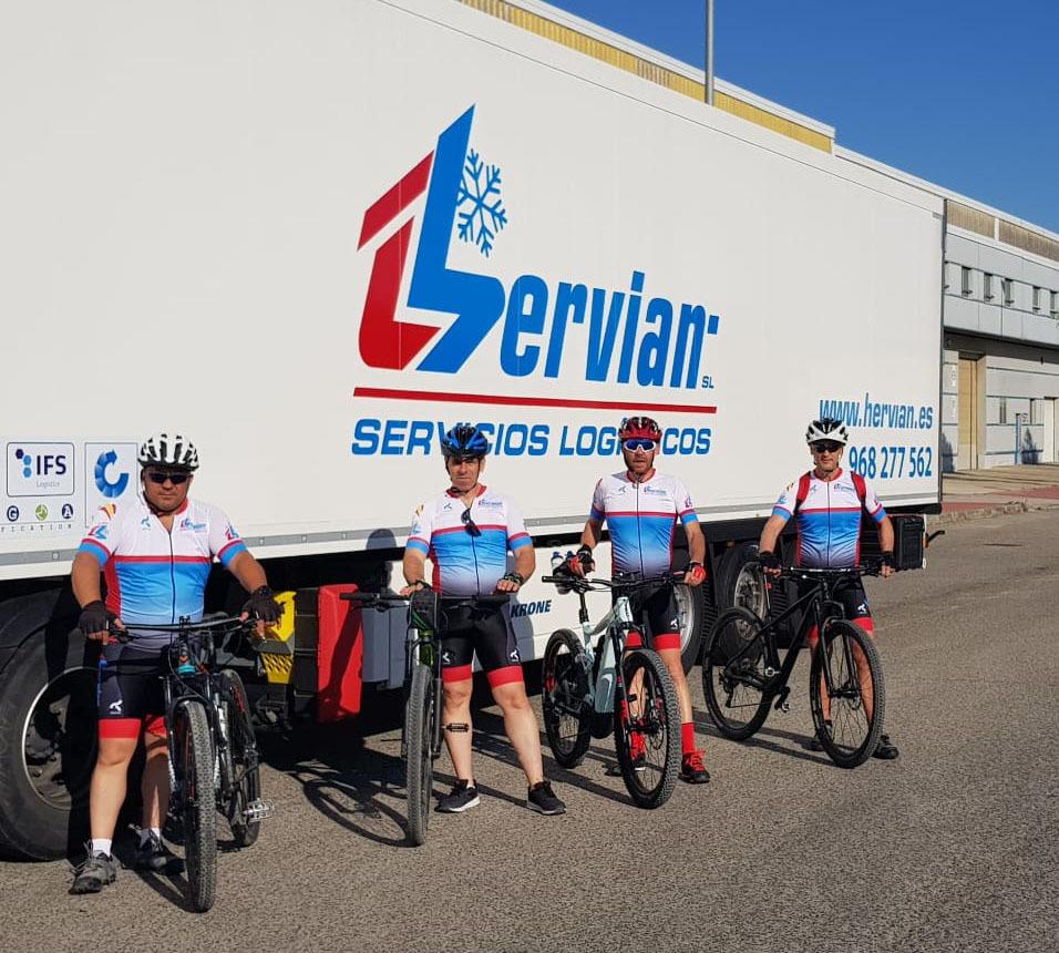 compañerismo y valores en el equipo ciclista Hervian